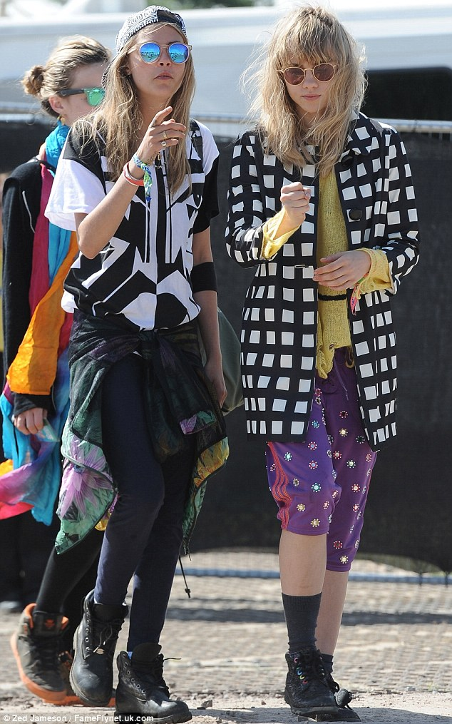 Models Cara Delevingne and Suki Waterhouse splash out a colourful clothing  canvas 2516d52d5e
