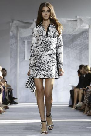 Diane Von Fustemberg Ready to Wear Spring Summer 2015 Collection in New York